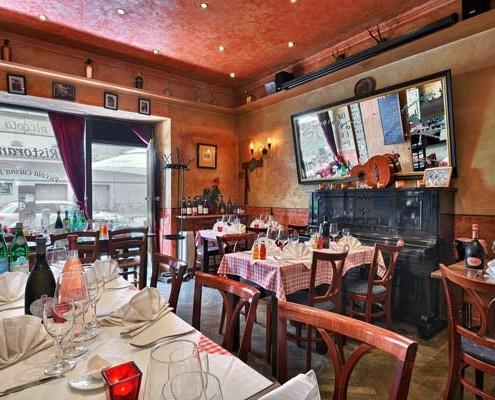 Schönes Speisezimmer im Restaurant Da Angelo